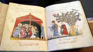 Excerpt from an Iraqi maqama manuscript dating from 1237 (source: University of Victoria/Fine Arts)