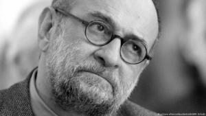 The Iranian-German poet SAID in 2006 (photo: picture-alliance/dpa/dpa-zentralbild/M. Schulte)